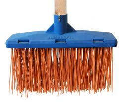 Broom plastic flat (with wooden handle)